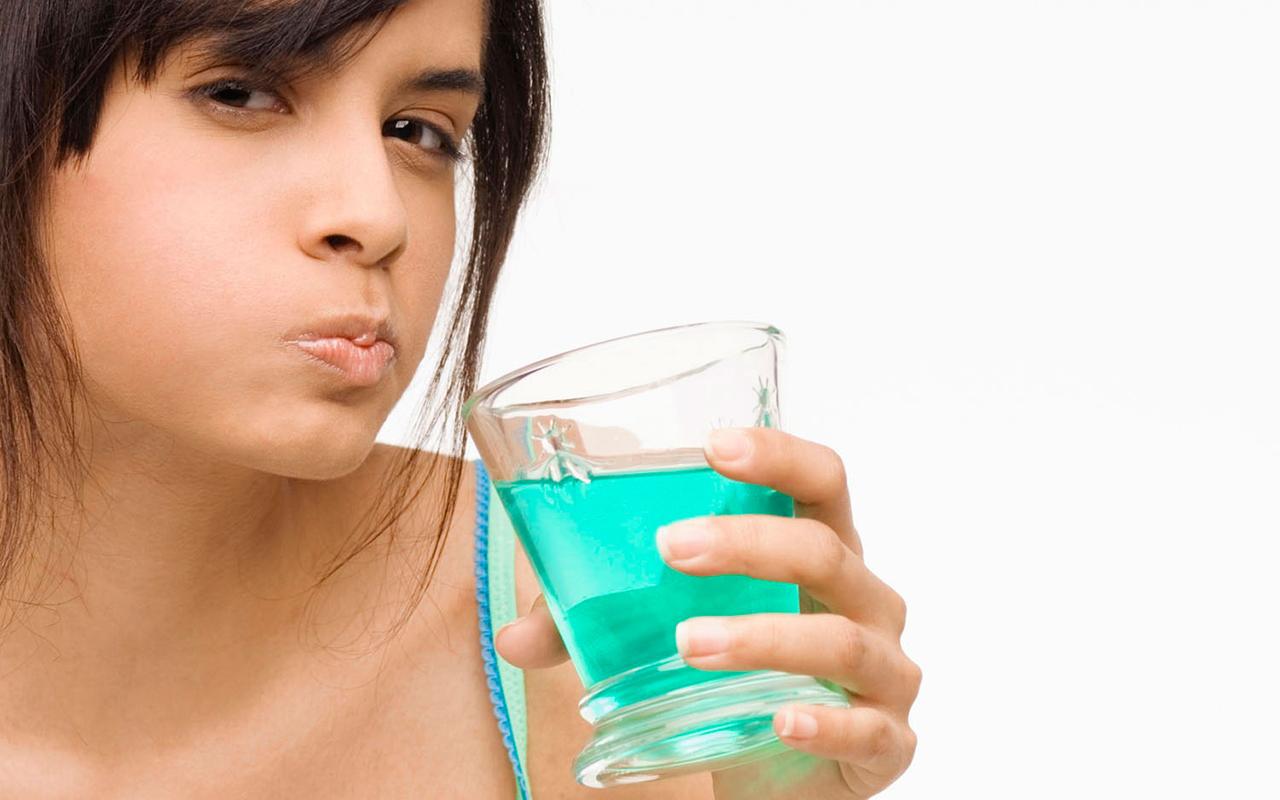Enxaguante bucal no tratamento da gengivite