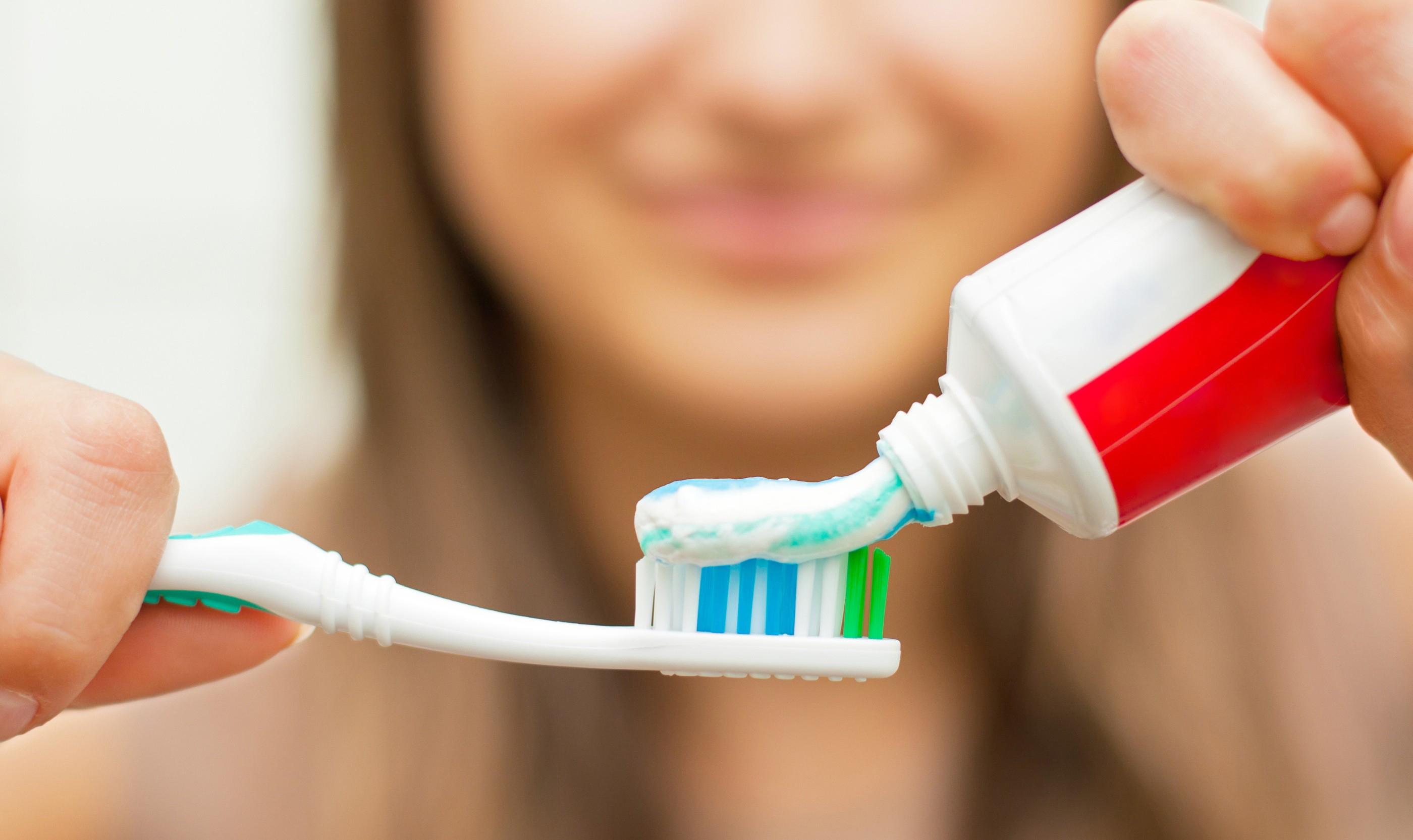 Pastas de dente para diminuir o sangramento gengiva