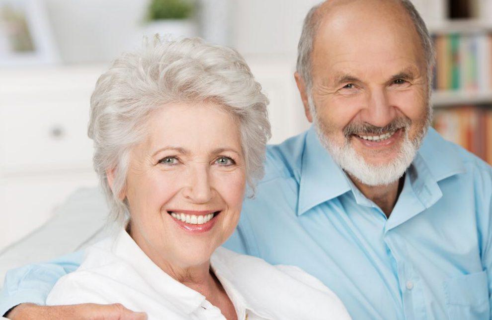Saiba tudo sobre as próteses dentárias suportadas por implantes